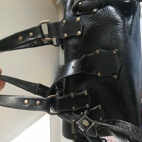 Roxanne vintage taske. købt i London for mange år siden. Kom ikke rigtig i brug.