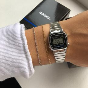 Det fineste ur fra Casio i sølv