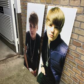 Plakater af Justin Bieber. Har kostet 800,-  Sælges for 100,- pr stk.