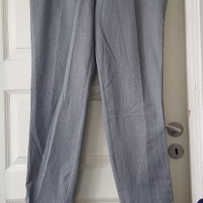 Sunwill kommer bukserne fra.