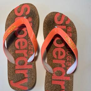 Superdry sandaler