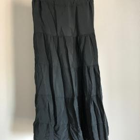 Mørkegrå Copenhagen Luxe maxi nederdel i str. L/XL