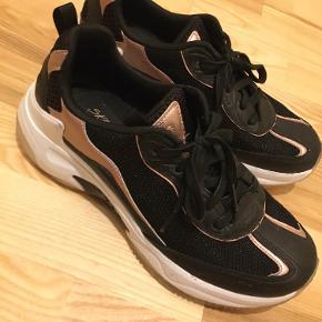 Sketchers sko & støvler