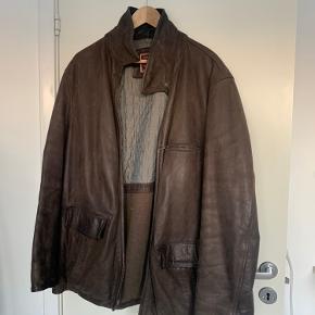 Marlboro Classics skind- & læderjakke