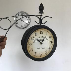 Retro ur. Næsten som ny. Byd!!