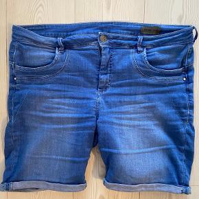 Fransa shorts