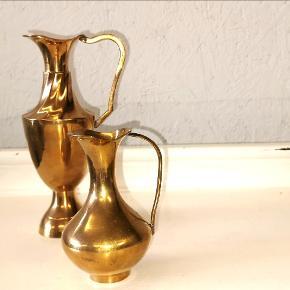 Små fi e messing vaser