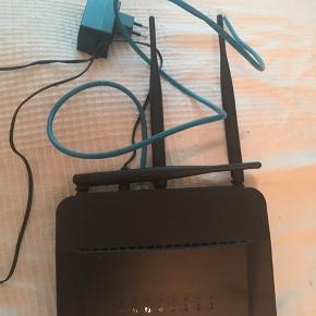 Router - wifi Kun brugt i få måneder - ejer sig fint til kollegie eller et-værelses
