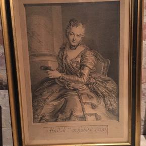 Pierre Louis de Surugue after Charles-Antoine Coypel (French, 1710 or 1716 - 1772), Mme. de M en habit de bal, 1746, etching and engraving. Print fra 1746, i antik ramme med glas. Rammen bærer præg af alder. 37,5x49,5cm ydre mål. 800kr Kan hentes Kbh V