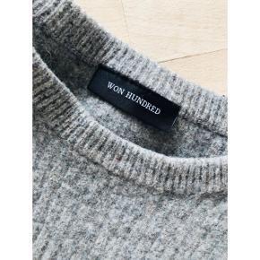 Sweater fra won hundred. Købt i second hand butik. Flyttesalg, så sælger billigt, så kom endelig med bud 😊  - se også mine andre annoncer 💛