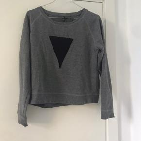 Outfitters Nation sweater