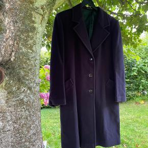 Giorgio Armani frakke
