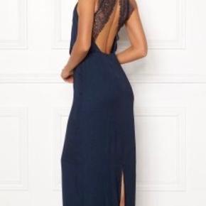 Smuk kjole, brugt en gang!