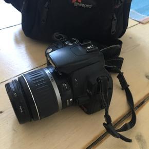 Sælger mit Canon spejlrefleks. Skriv for info. Det fejler intet og tager kanon billeder, der følger taske.
