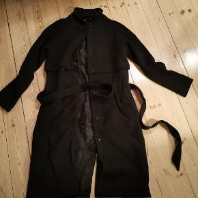 Fin Envii frakke 40% uld. Sælges fordi jeg ikke bruger den,fejler intet.