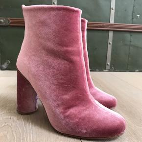 Stine Goya støvler