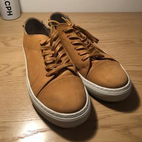Garmet Project sneakers Størrelse 42   Farven på billede stemmer overens med den originale   De sælges, da jeg rydder ud