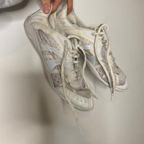 Nfinity sneakers
