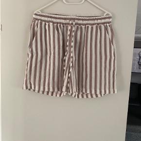 Basic Apparel shorts