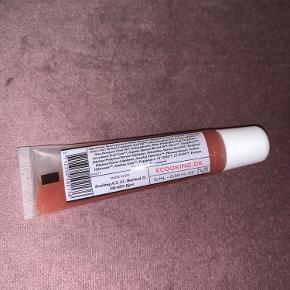 Lip balm rose fra Ecooking.  Ny og uåbnet.