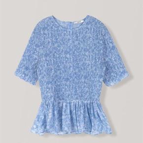 Smukkeste Ganni bluse. Silke og bomuld. Brugt to gange i en time.