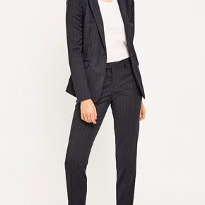 Foxy Lux Slim Trousers fra Selected Femme  #30dayssellout