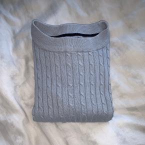 Blå strik fra gina tricot str M, men er lille i størrelsen