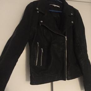 En rigtig lækker læder jakke-brugt kun en gang i 2-3 timer