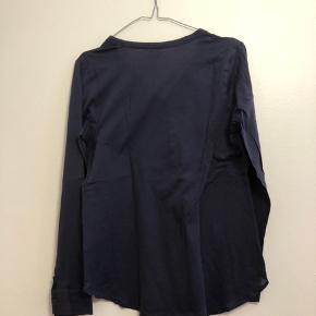 Mørkeblå bluse i str. L fra InWear