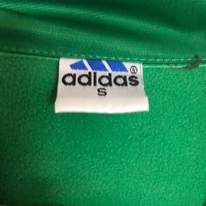 Mega fød grøn Adidas trøje i grøn  Ingen tegn på slid💚