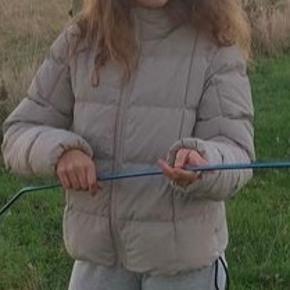 Second Female jakke