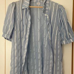 In Front skjorte
