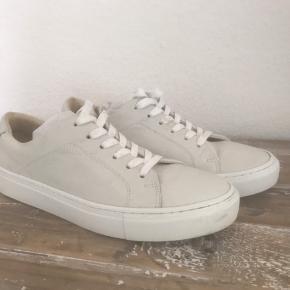 Garment Project andre sko