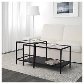 Jeg sælger dette sofabord fra IKEA, da det bare står og samler støv i kælderen 🌼  Sofabordet består af to dele, der sammen udgør et sammenhængende bord, hvilket ses på billederne.  Nyprisen er 400 kr.   Jeg har hverken mulighed for at sende eller levere, så køber skal afhente 😅  Jeg sælger også et matchende bord fra samme mærke, det kan ses på en af mine andre annoncer.
