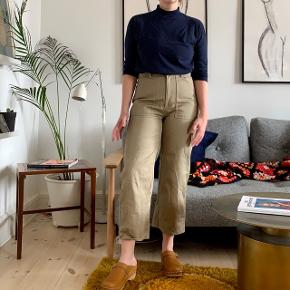 Stories workwear culottes in size 40. In super good shape.