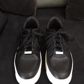 Nye Nike sneakers Air Force 1 sage Kun brugt et par gange .