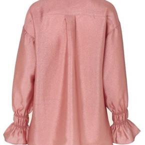 Super flot skjorte/tunika fra Stine Goya. Brugt 2 gange.