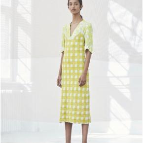 Baum und pferdgarten mega smuk kjole i strik - cathleen Brugt få gange Prisen er meget lav :)  Ganni Stine Goya 90'er
