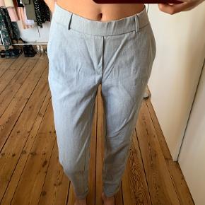 Sælger disse fine og bløde bukser fra Veromoda