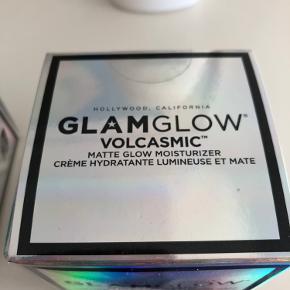 Glamglow volcasmic matte. Uåbnet