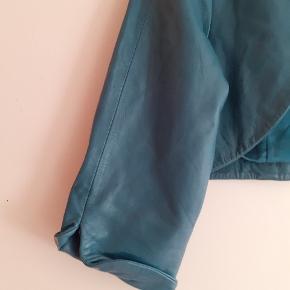 Smørblødt læder. Estimeret 38 40. Fri fragt i efterårsferien.