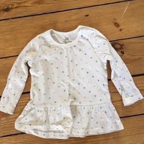 H&m kjole str 68  - fast pris -køb 4 annoncer og den billigste er gratis - kan afhentes på Mimersgade 111. Kbh  - sender gerne hvis du betaler Porto - mødes ikke ude i byen - bytter ikke