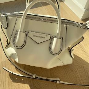 Givenchy håndtaske