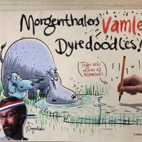 Morgenthalers vamle dyredoodles! Anders Morgenthaler er begyndt på nogle vamle, ulækre og mærkelige tegninger af dyr, men midt i det hele gav han op, så nu må du gøre dem færdig. Tegn det, der mangler, og byg meget mere på. Farvelæg tegningerne eller lad være, riv dem ud og giv dem til en god ven, eller gem dem nederst i tasken. Du bestemmer helt selv. Bare det bliver vammelt og ulækkert hft, kan sendes m DAO for 40 kr oveni til nærmeste udleveringssted