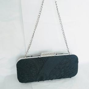 Karen Millen clutch or shoulder bag. Hand embroidered, very good condition.