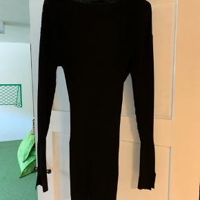 BMB bluse Style: Limani  Kun brugt én gang.  MP: 500,-
