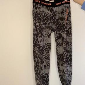 Sofie Schnoor trouser or tight