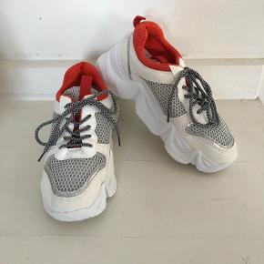 Boohoo sneakers
