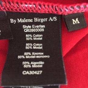 Ny og ubrugt T-shirt fra MB i st. Medium  Jeg har en sort og en grå til salg også ligeledes ubrugte. Den sorte er st. Medium og den grå er st. Large. MP kr. 100,00 pr. stk. Bytter ikke. Se også mine andre annoncer.