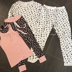2 skønne homewear sæt 🤩 Begge brugt 3 gange - derfor som nye 🌸 * lysegråt sæt str S  *. Lyserødt/ sort str xs